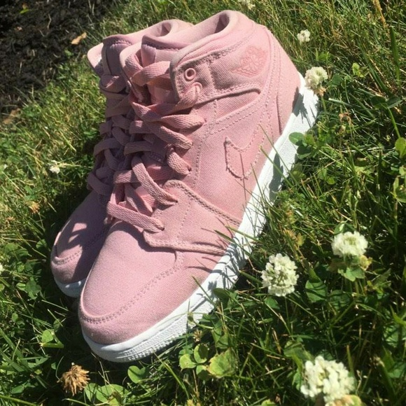 Jordan Shoes - Jordan 1 2017